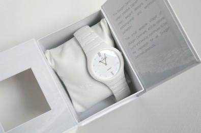 skagen-ceramic-watch-in-box