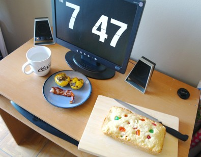 breakfast-on-my-desk
