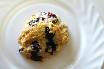 blueberry-almond-scone_