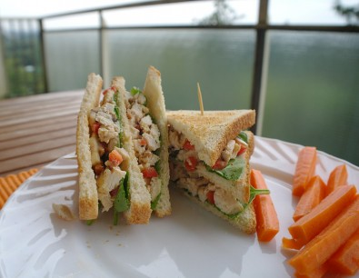 club-sandwich-by-dempsters