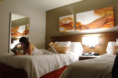 Delta-Meadowvale-Hotel-room
