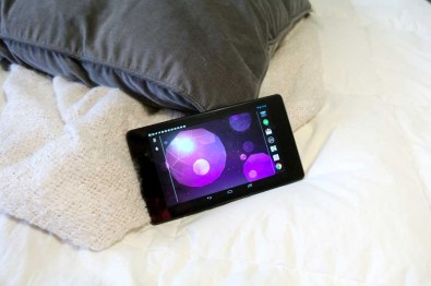 nexus7-on-my-bed