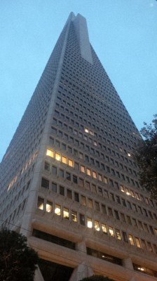 tall-building-in-san-fran