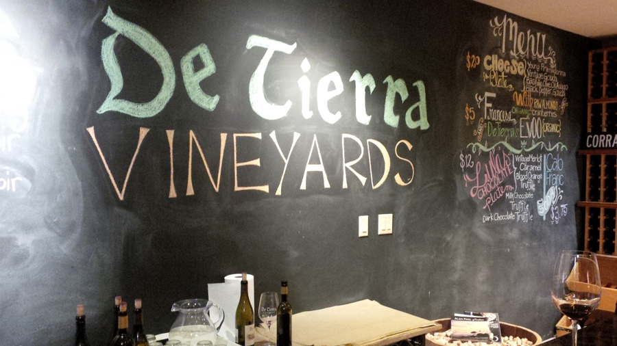 De-Tierra-Vineyards