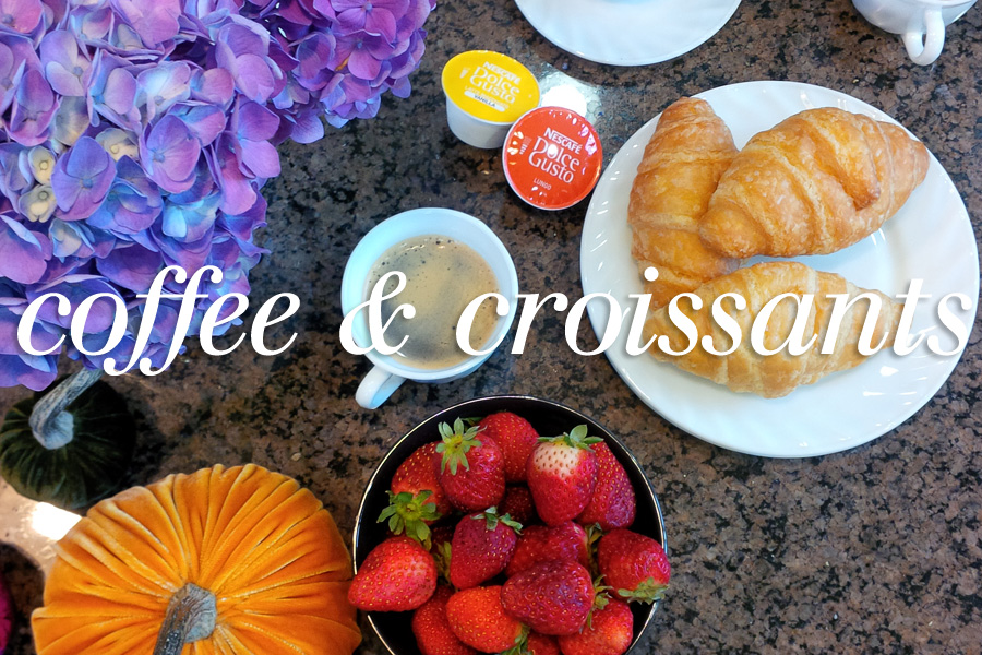 coffee-and-croissants-header