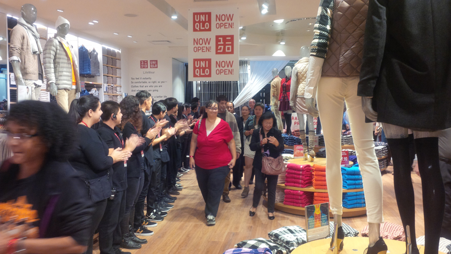 First-shoppers-at-Uniqlo