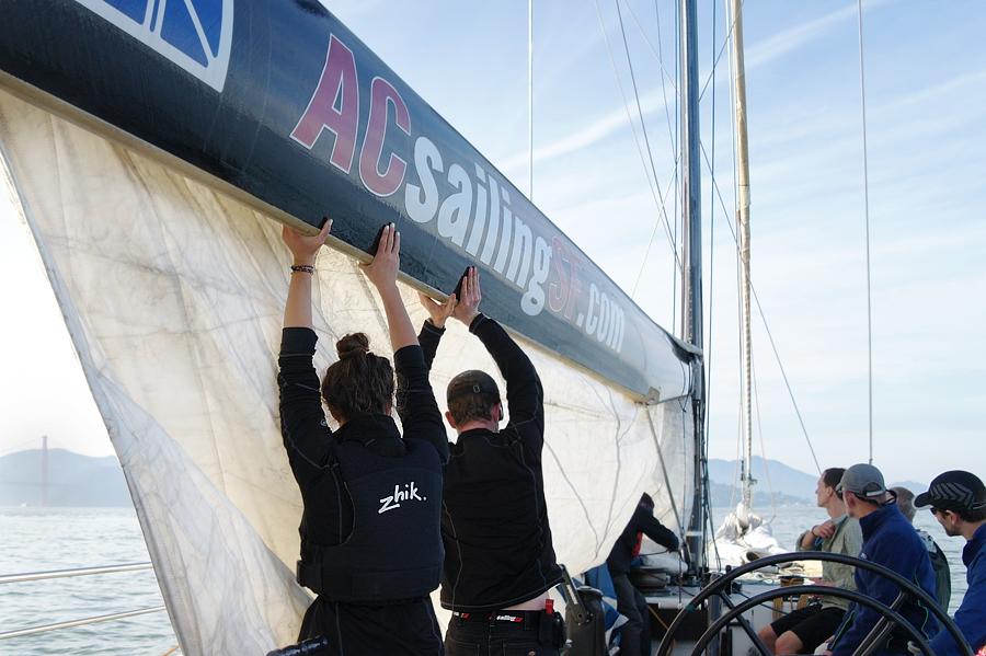 Hoisting-Sails