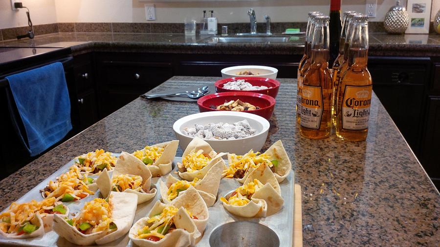 Mini-Taco-Bowls-and-Snacks