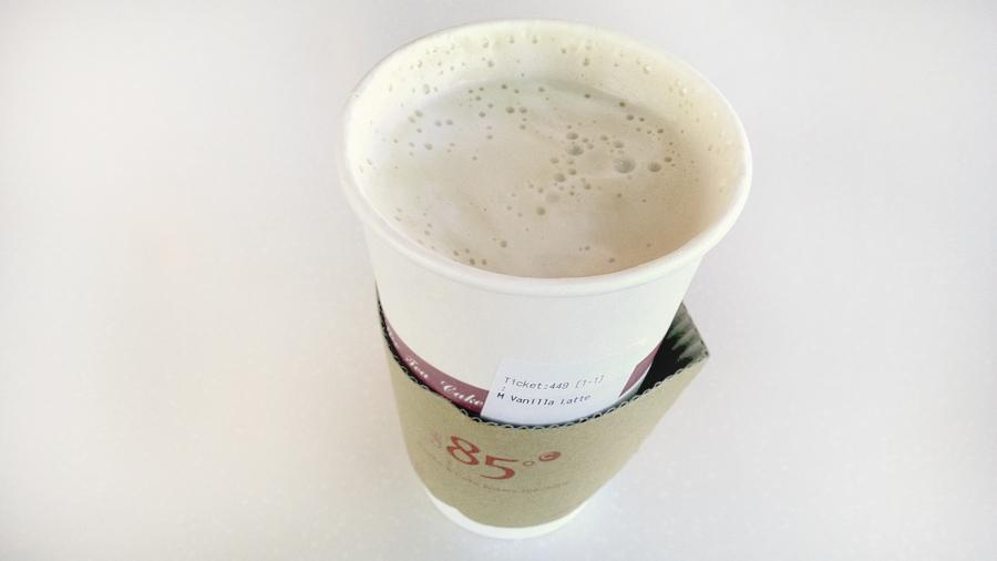 Vanilla-Latte-85C-Bakery