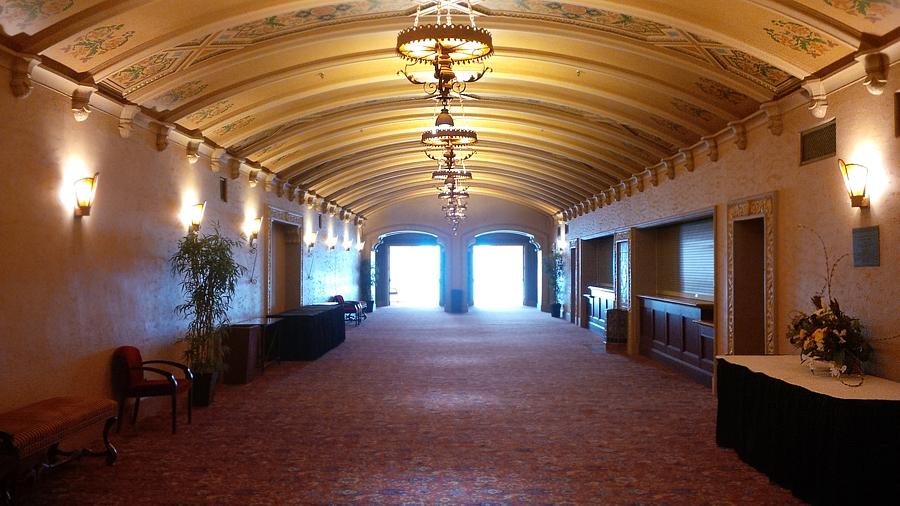 California-Theatres-inside