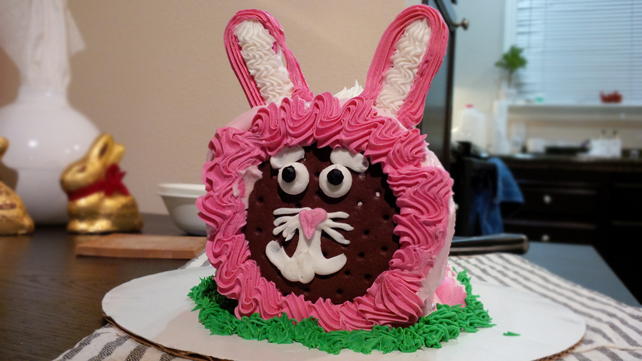 Bunny-Roll-Cake