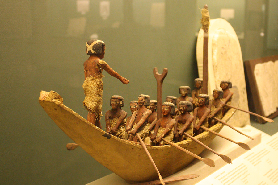 Ros-Egypt-Museum-rowers