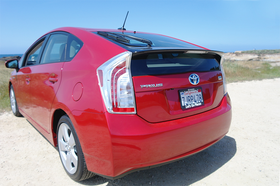 Rear-of-2015-Prius-Five