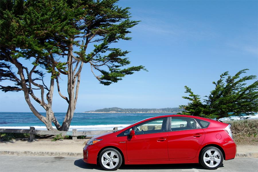 Red-2015-Prius-Fivein-Carme