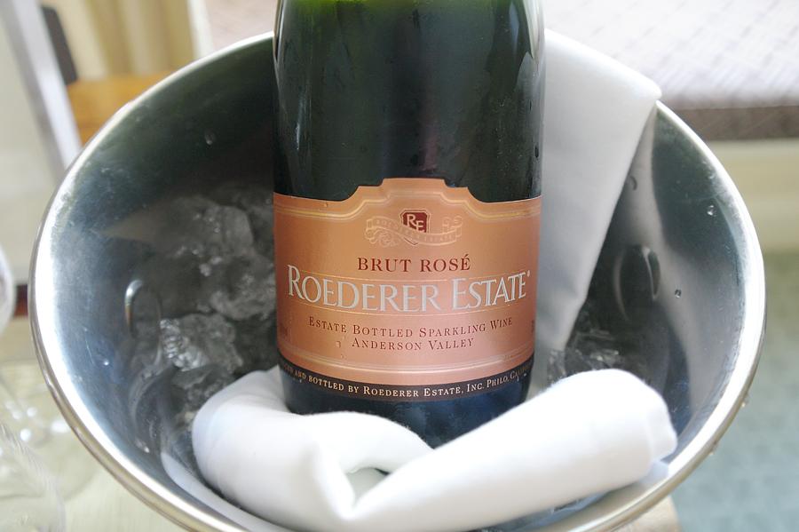 Brut-Rose-sparkling-wine