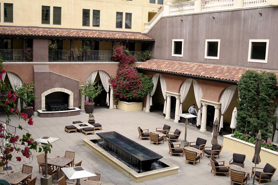 Hotel-Valencia-Balcony