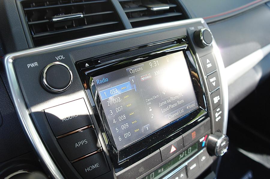 Toyota-Camry-dash