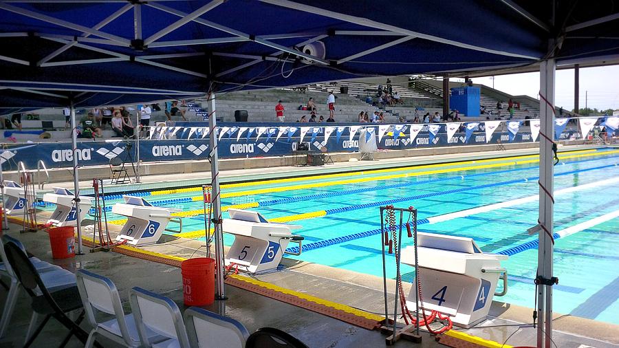 pro-swim-lanes
