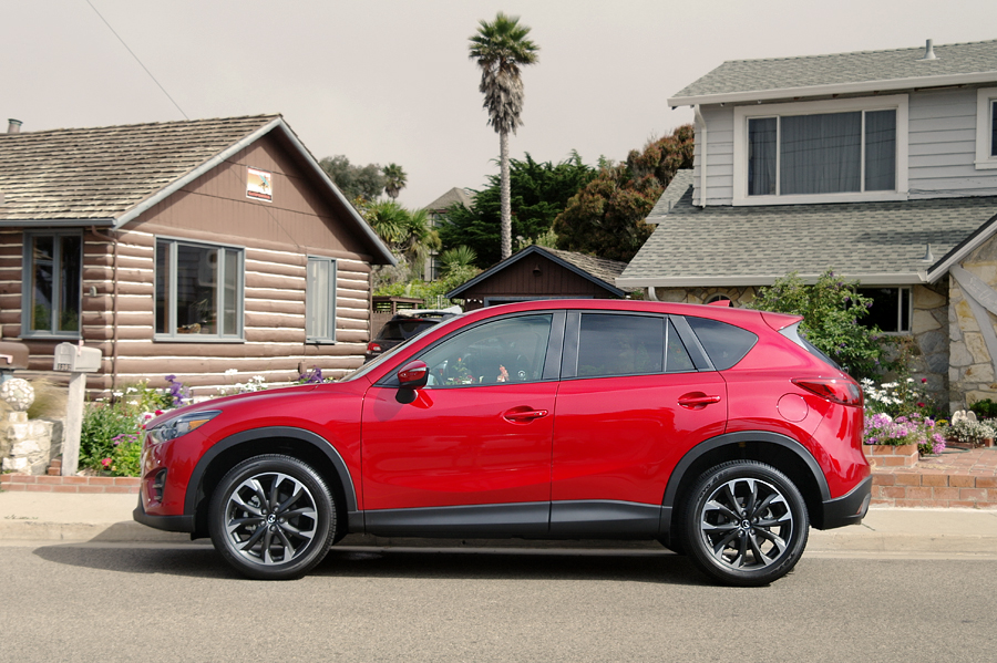Mazda-CX-5-side-view