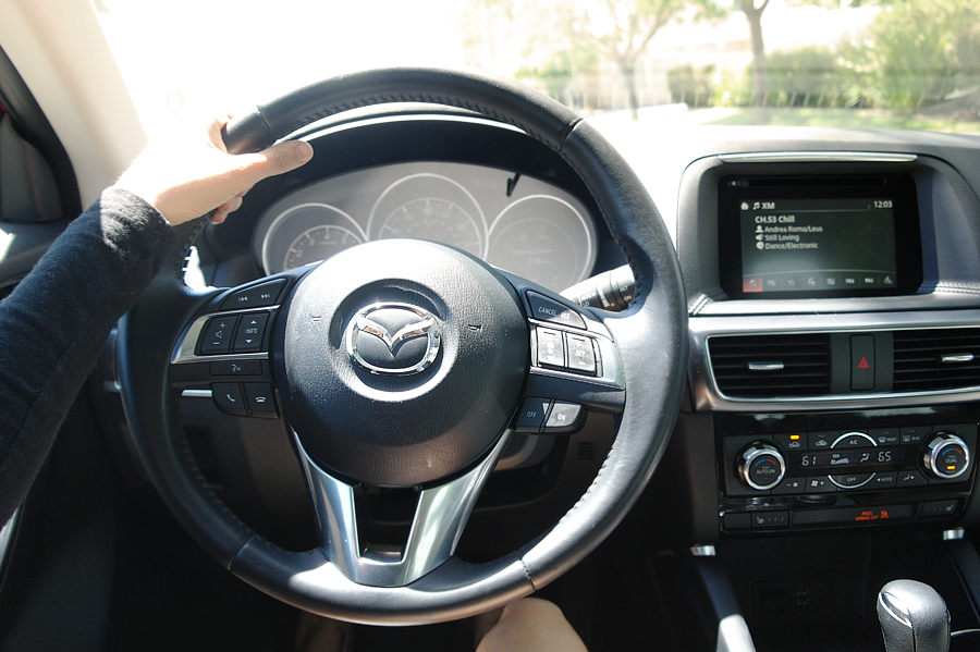Mazda-CX5-steering-wheel
