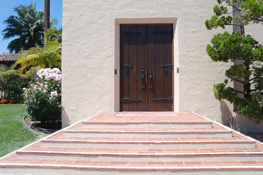 Mission-Santa-Clara-doors