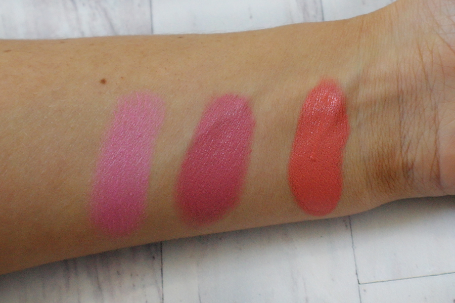 Dior Cosmopolite blush swatches