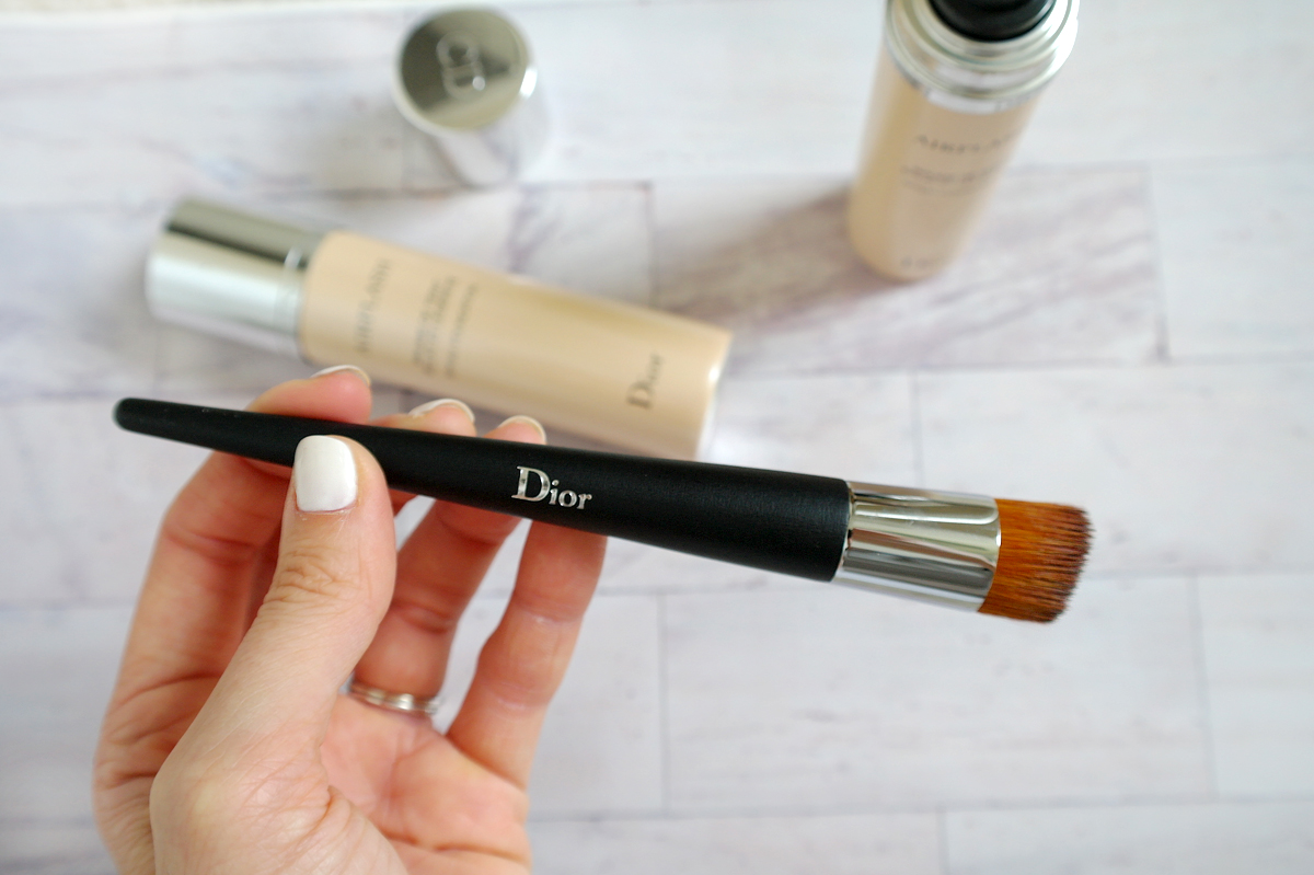 Dior-brush-with-Airflash