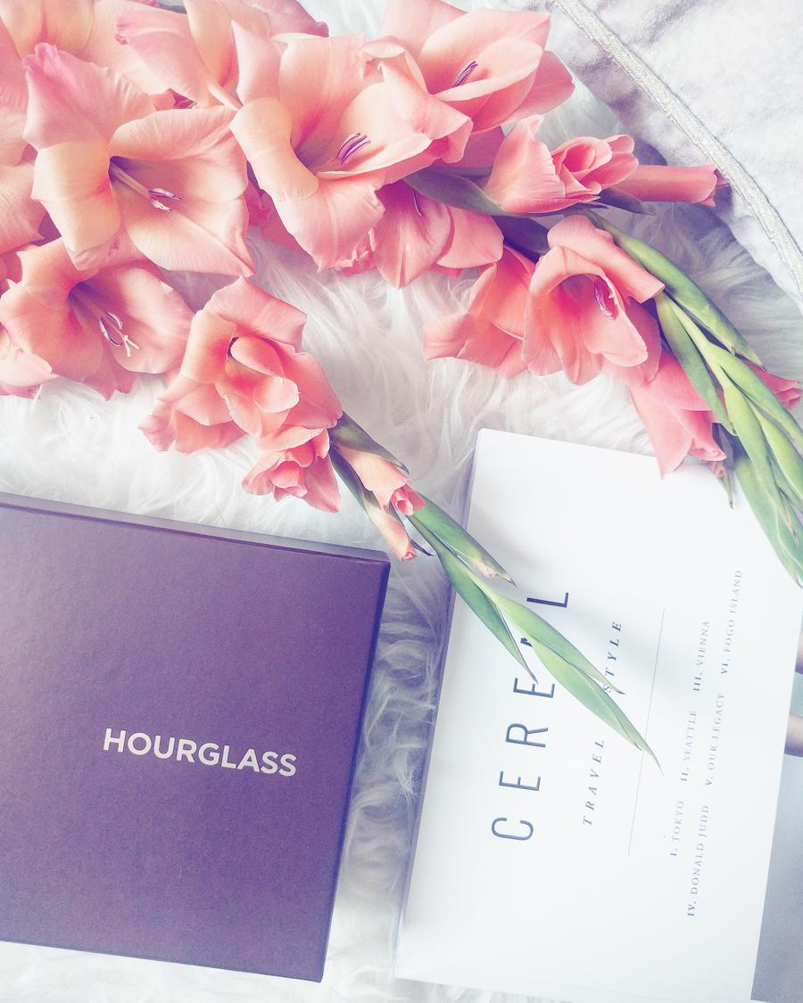 hourglass-box