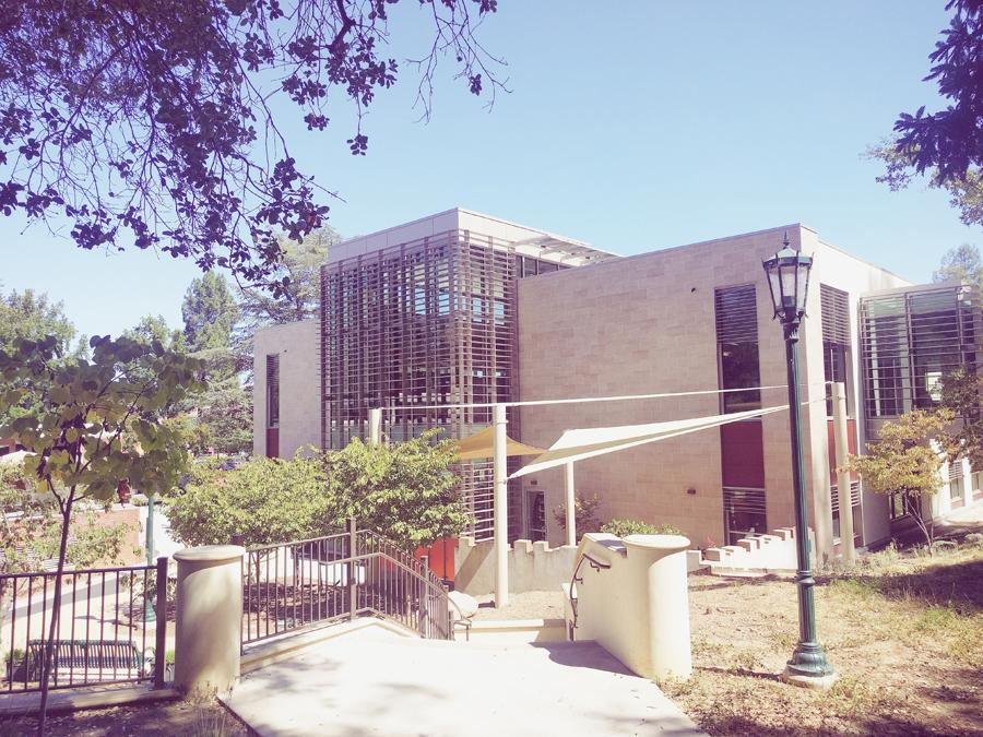 Library-in-Los-Gatos